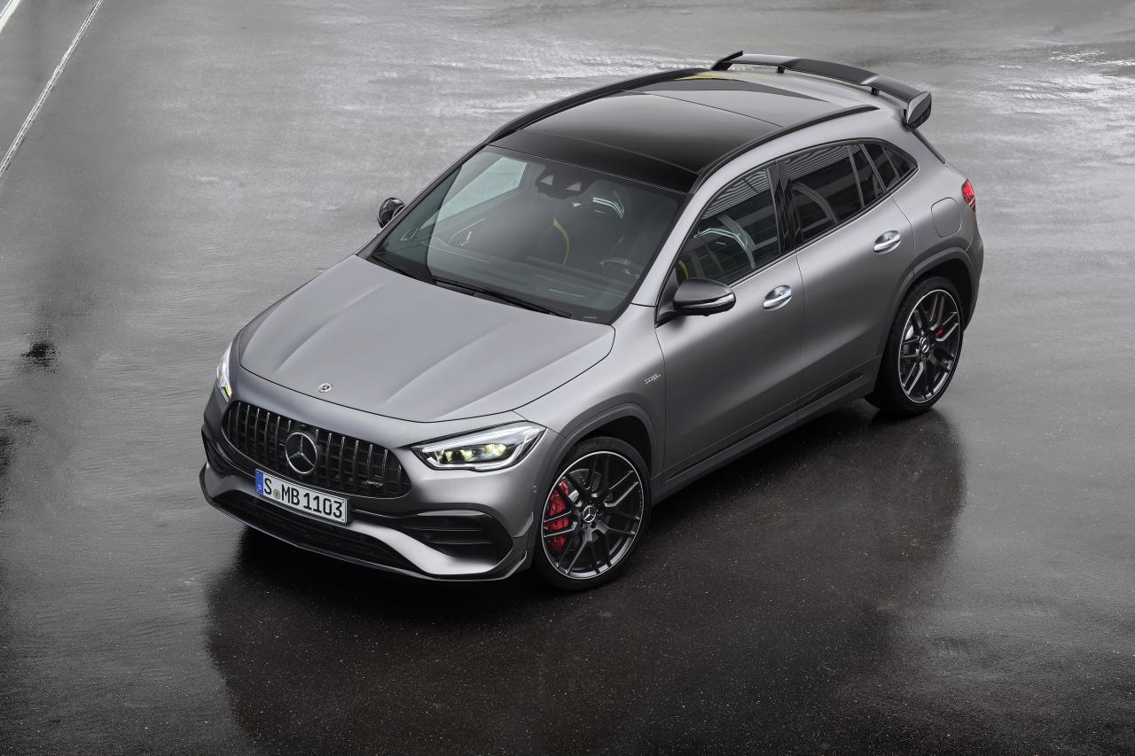 Der neue Mercedes-AMG GLA 45 4MATIC+: Kompaktes Performance-SUV für alle LebenslagenThe new Mercedes-AMG GLA 45 4MATIC+: A compact performance SUV to suit any lifestyle