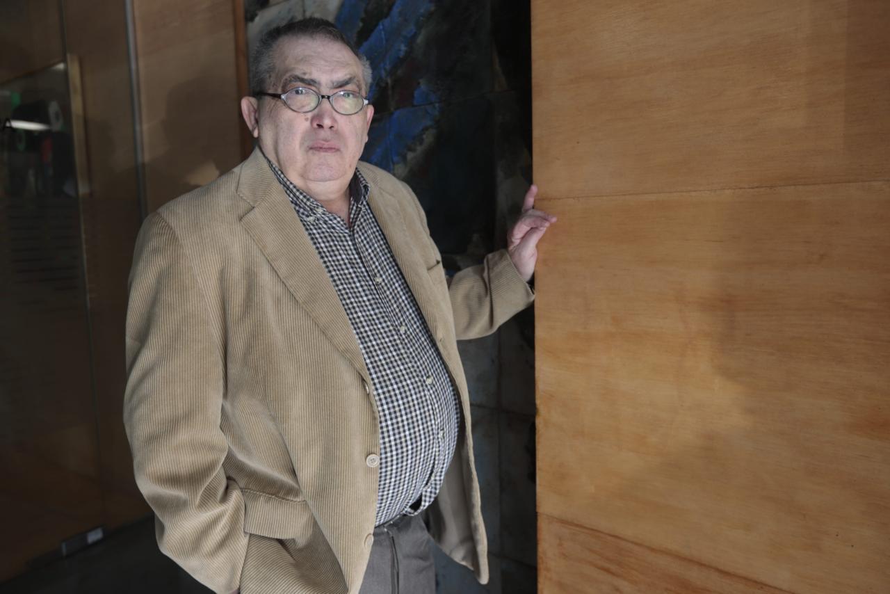PALMA. LITERATURA. El scritor Miquel López Crespí ¿radiografía¿ la cultura local en tiempos de Fran