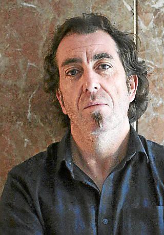 PALMA. ESCRITORES. El escritor Pere Joan Martorell , posando en Ciutat.