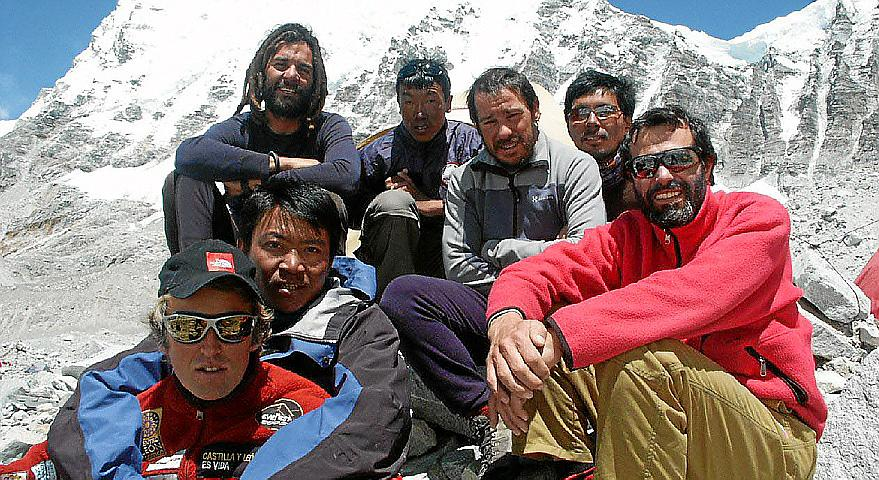 NEPAL. ALPINISMO. EXPEDICION MALLORCA A DALT DE TOT EVEREST 2005.