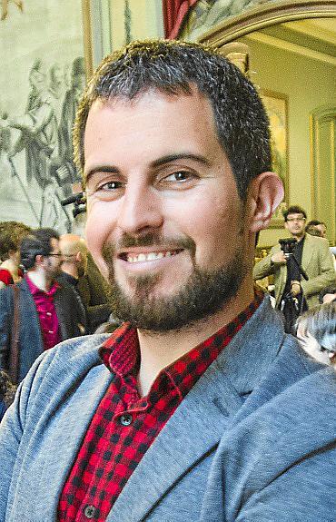 El escritor Jaume C. Pons Alorda acaba de publicar su nueva novela, `Ciutat de MalÔø?.Ôø?