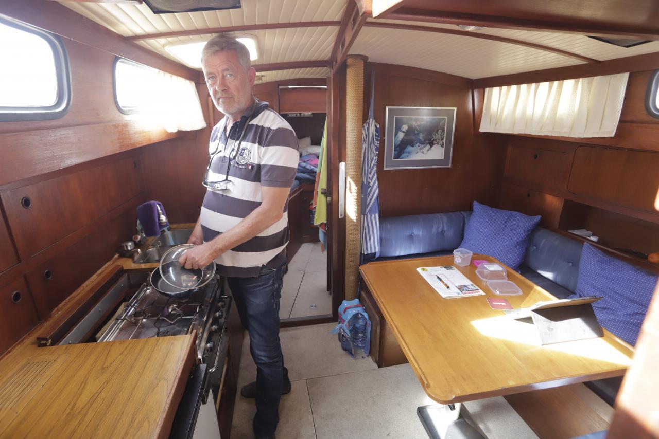 palma club de mar gente que viven el los barcos foto morey