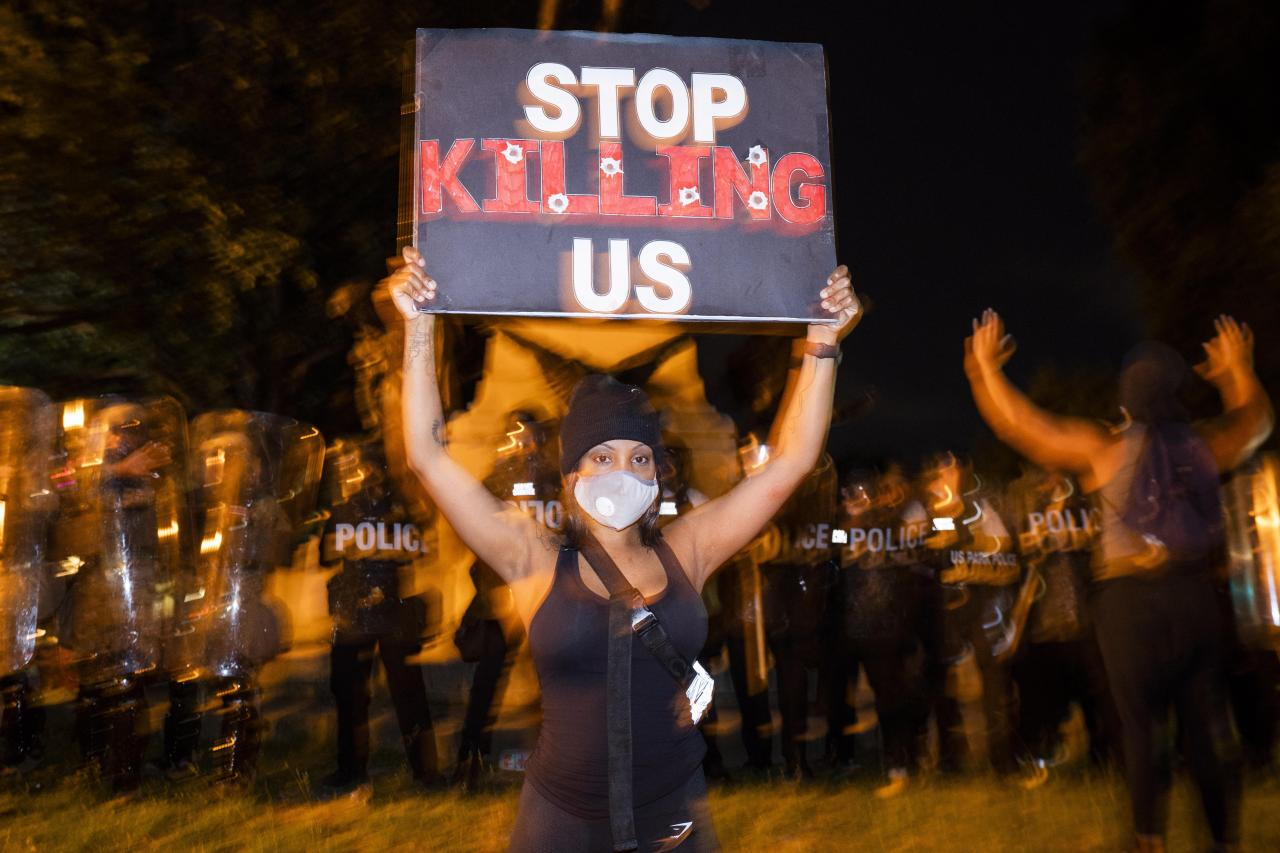 Police abuse protest in wake of George Floyd death, in Washington