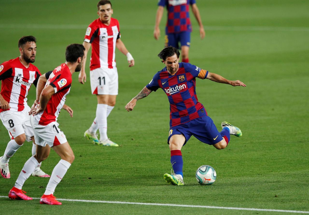 La Liga Santander - FC Barcelona v Athletic Bilbao