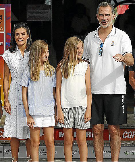 El rey Felipe participa en la Copa del Rey Mapfre