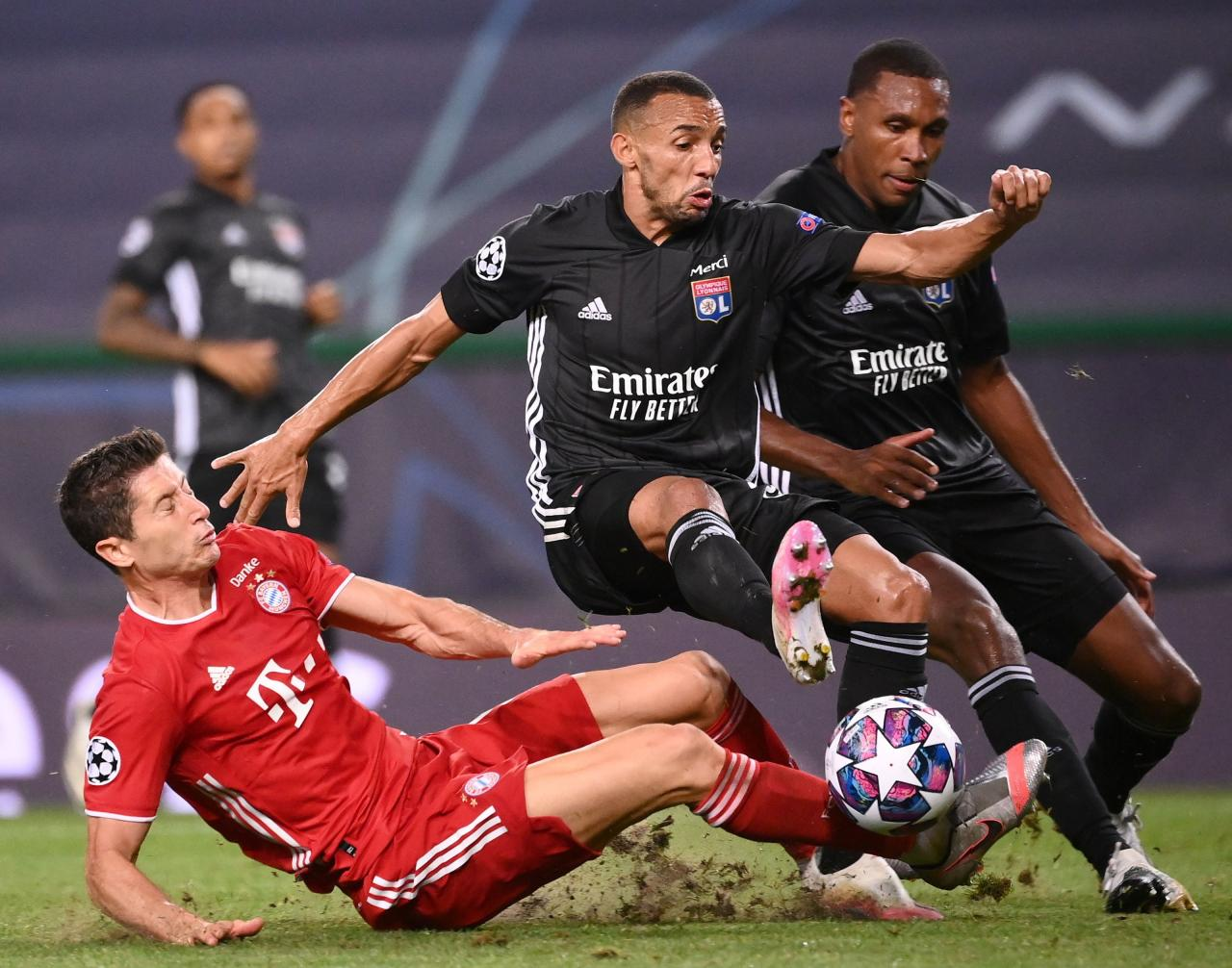 Olympique Lyon vs Bayern Munich