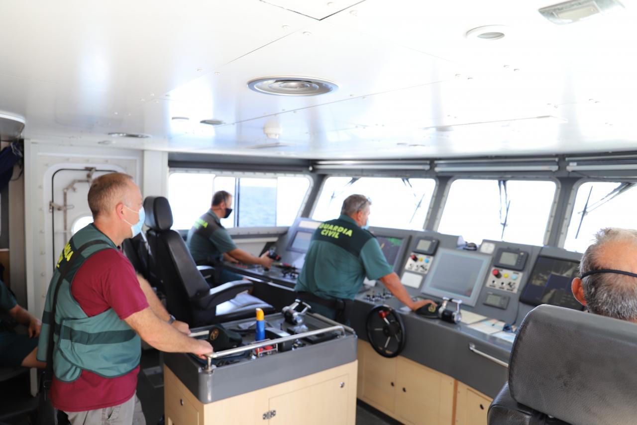 Palma Sucesos Guardia Civil del mar party boat. fotos J.L. (197).jpg