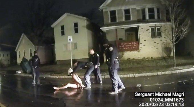 Violencia policial en EEUU: Daniel Prude murió en Nueva York tras ser reducido en el suelo