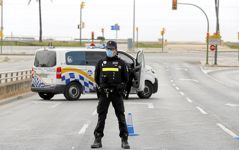 Fiscalía pide un año de prisión por incumplir cuatro veces el estado de alarma en Palma