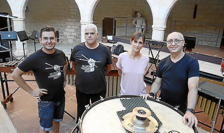 palma expo fundacion Vicente ferrer en Bellver foto cañellas~08.jpg