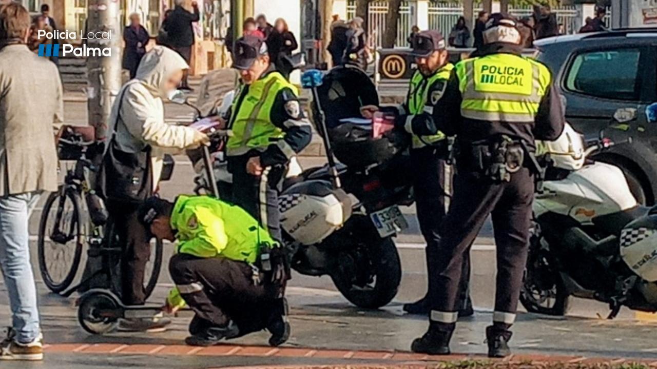 La Policía de Palma sanciona a casi un centenar de usuarios de patinete eléctrico