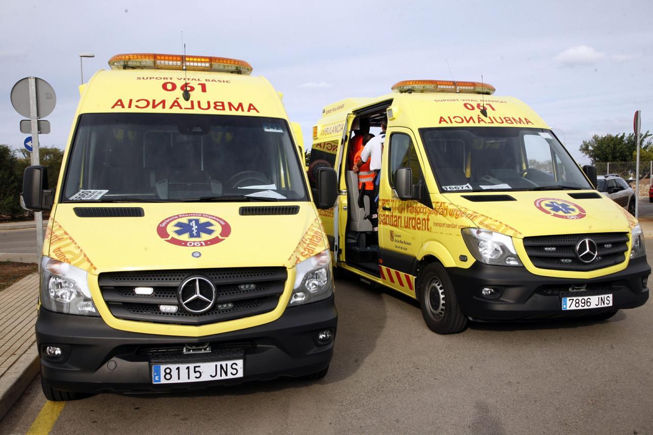 Hospital Mateu Orfila presentacion nueva concesion y ambulancias del 061 Grupo Tenorio