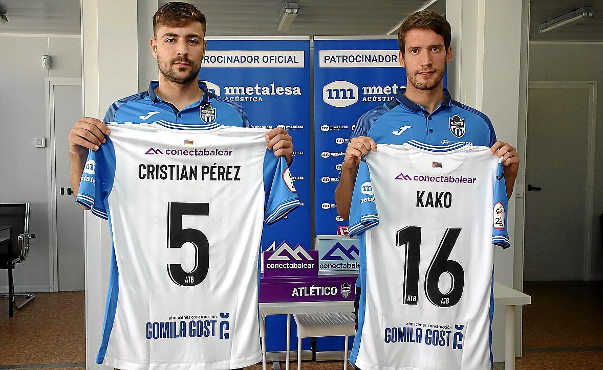 Presentación de los jugadores del Atlético Baleares Kako y Cristian
