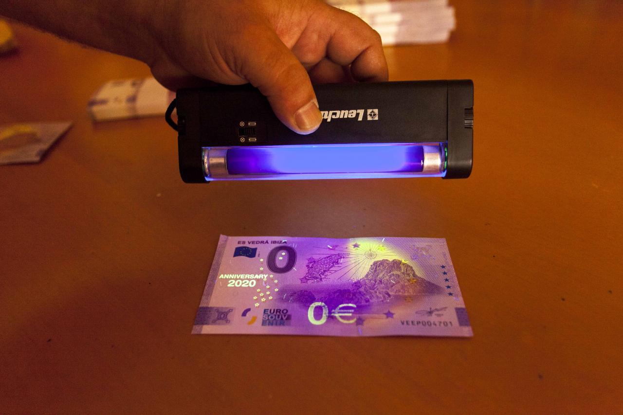 Es Vedrà en un billete de cero euros