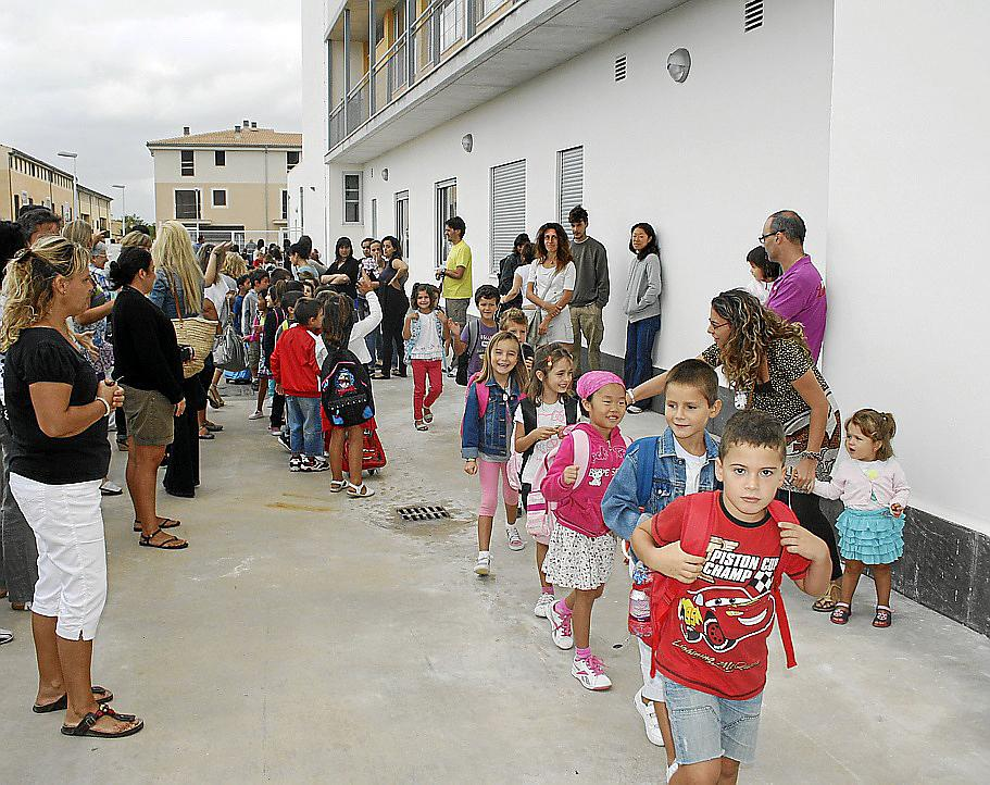 Los municipios de la Part Forana vuelven al cole sin más incidencias que la lluvia