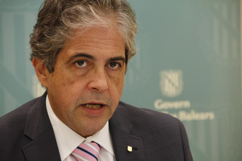 Bosch dice que el presupuesto de la UIB será «aproximadamente» el mismo