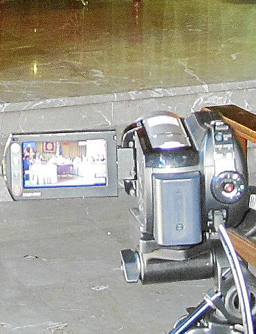 El alcalde de Sóller se niega a aclarar ante los ciudadanos por qué instaló una cámara oculta