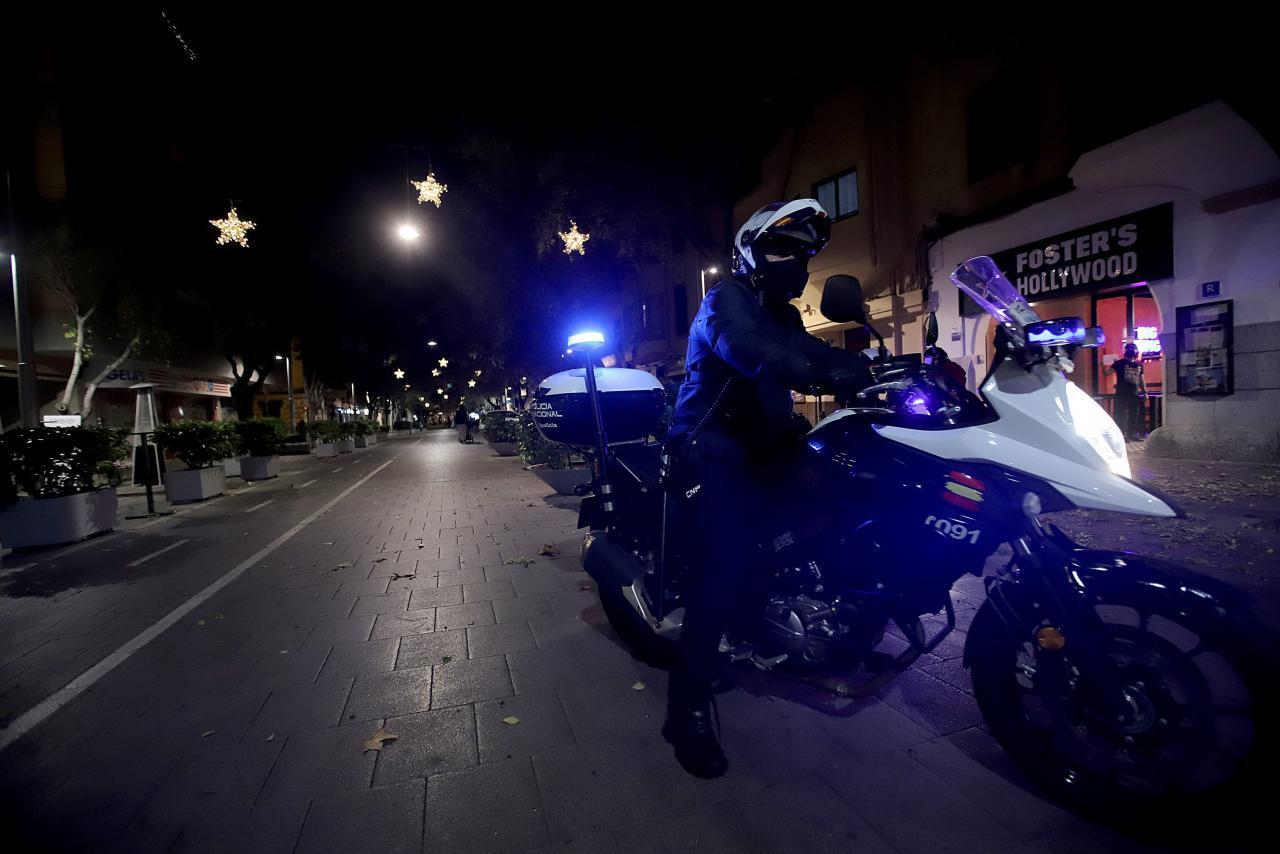 Navidad en Mallorca: Toque de queda a las 22:00 horas y las reuniones de seis personas como máximo