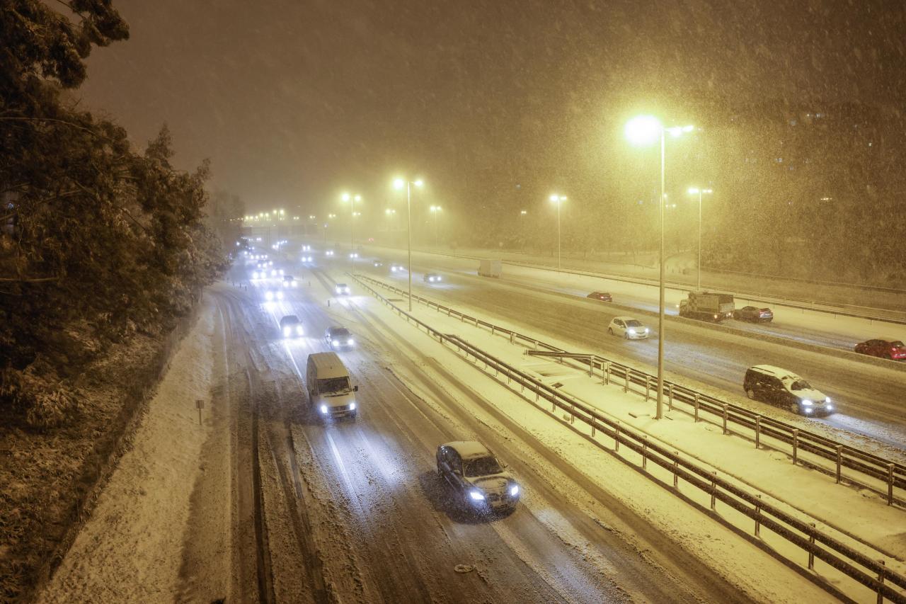 Activado el nivel rojo por fuertes nevadas en Madrid