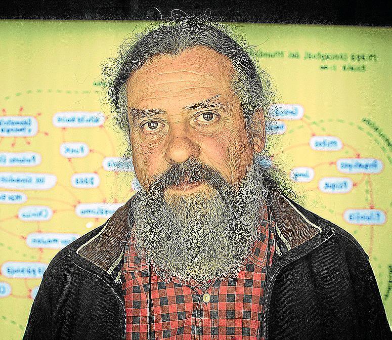 EL ARTS SANTA MONICA DE BARCELONA DEDICA UNA RETROSPECTIVA AL DIBUJANTE FRANCESC CAPDEVILLA MAX .