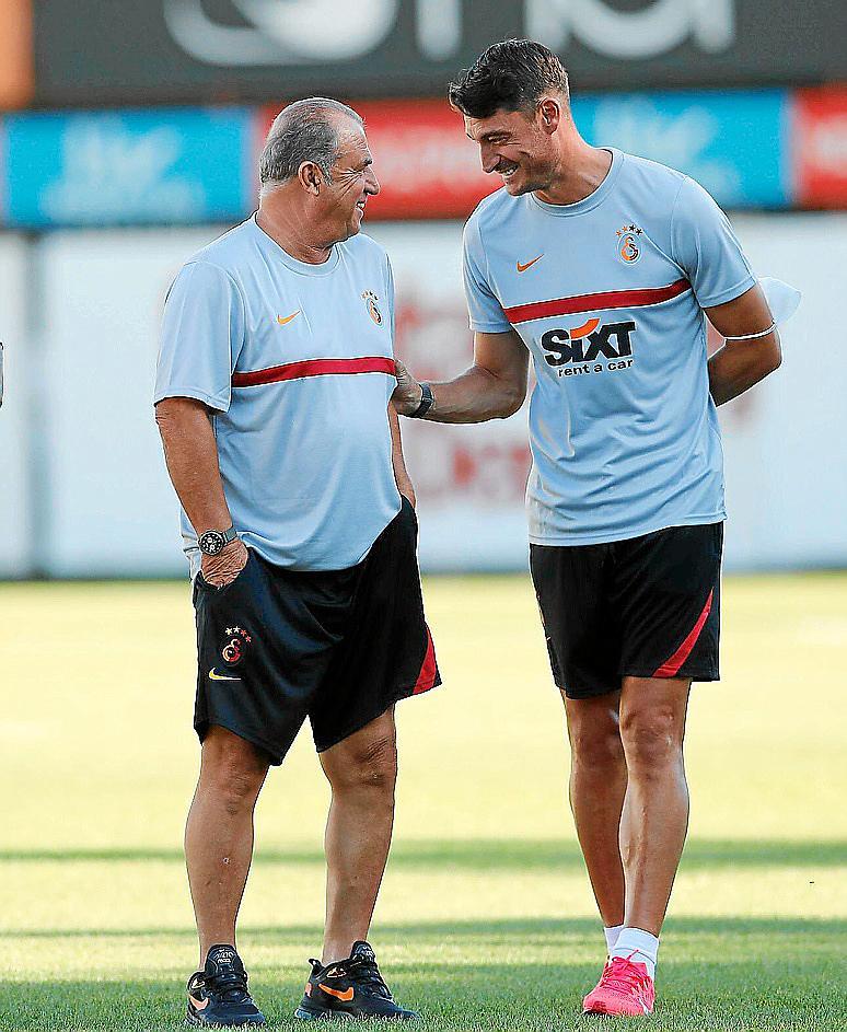 El `manacorÌø Albert Riera ser· el ayudante de Fatih Terim en el Galatasaray.?