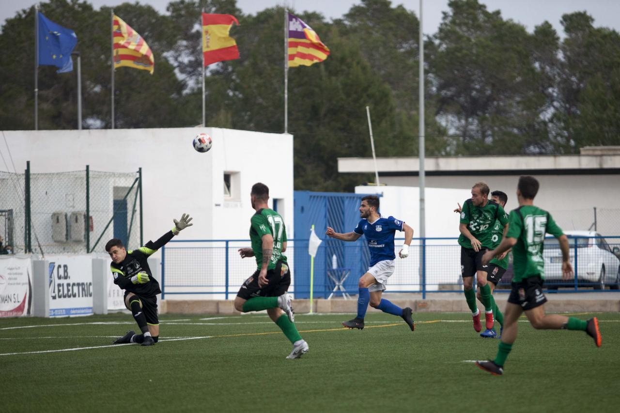 El Sant Rafel y el Sant Jordi se reparten los puntos tras empatar a dos en el último minuto