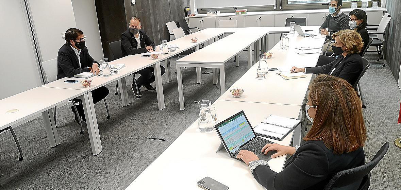 Madrid amplía los supuestos para que empresas de las Islas reciban ayudas COVID
