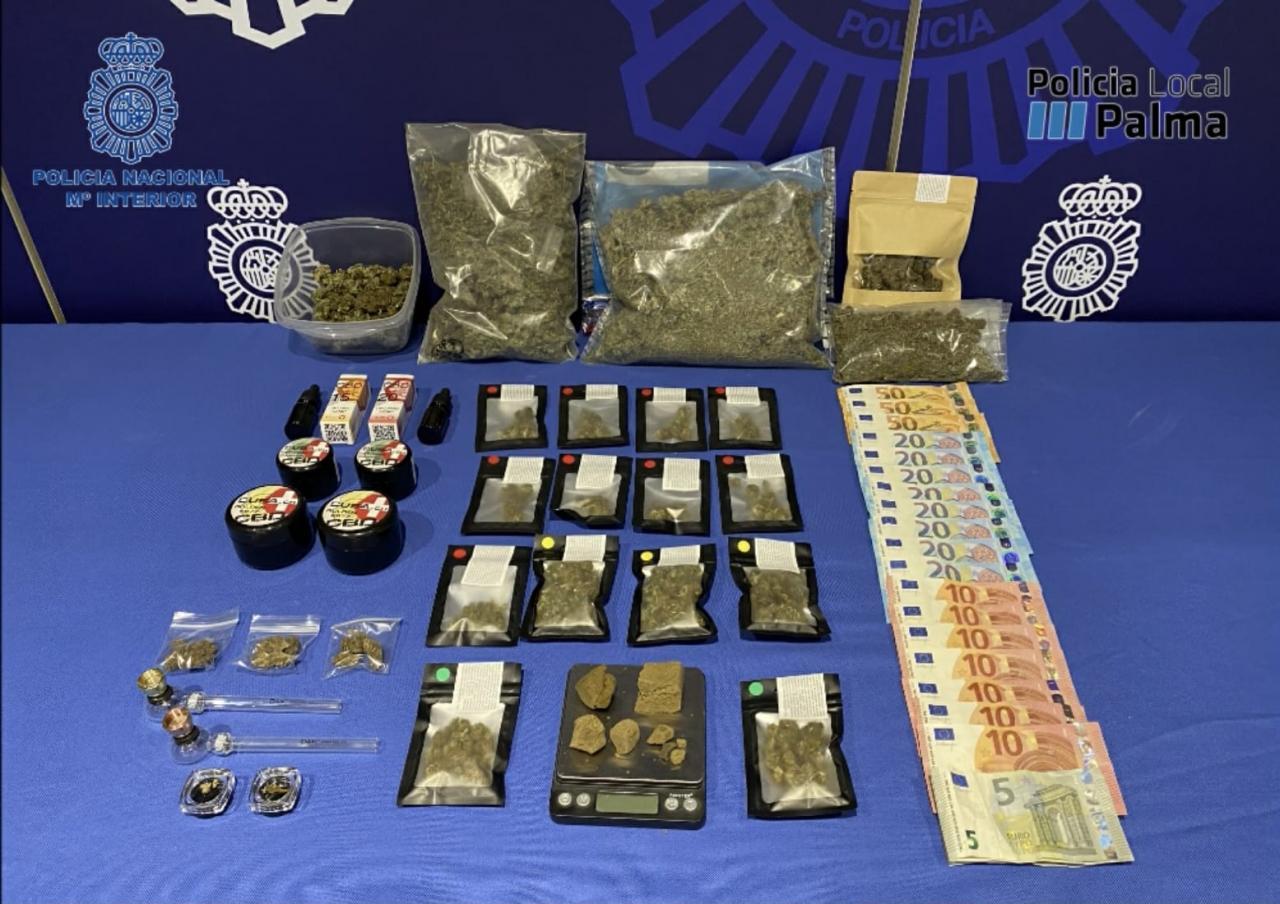La policía irrumpe en una asociación cannábica de Palma y detiene a dos presuntos narcos