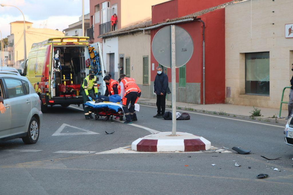 Herido grave un motorista de 19 años tras colisionar contra un coche en Son Ferriol