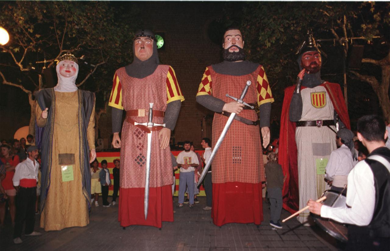 PRESENTACION DE LOS NUEVOS GIGANTES, CABRIT Y BASSA, EN ALARO
