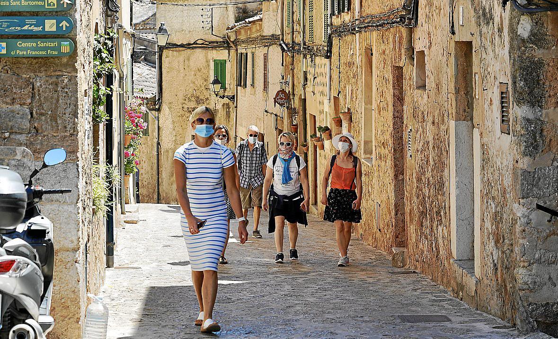 Turistas en la Serra de Tramuntana