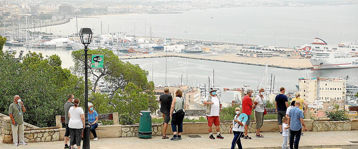 Palma, Discreto, Cruceristas