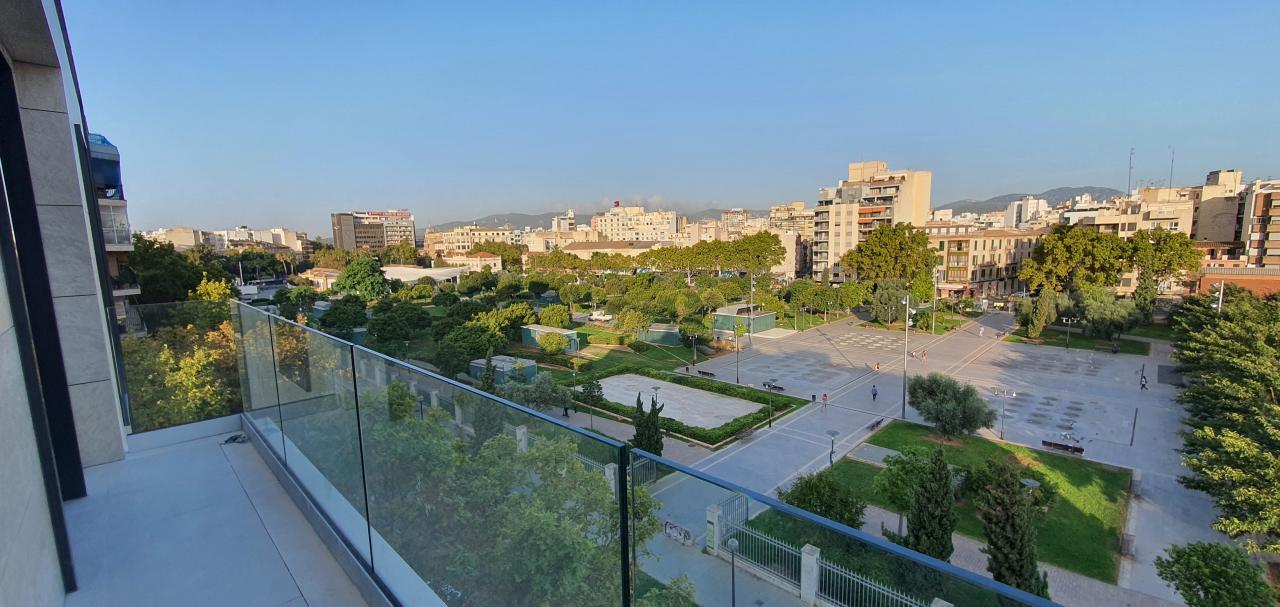Los pisos dispone de un área verde a su alrededor.