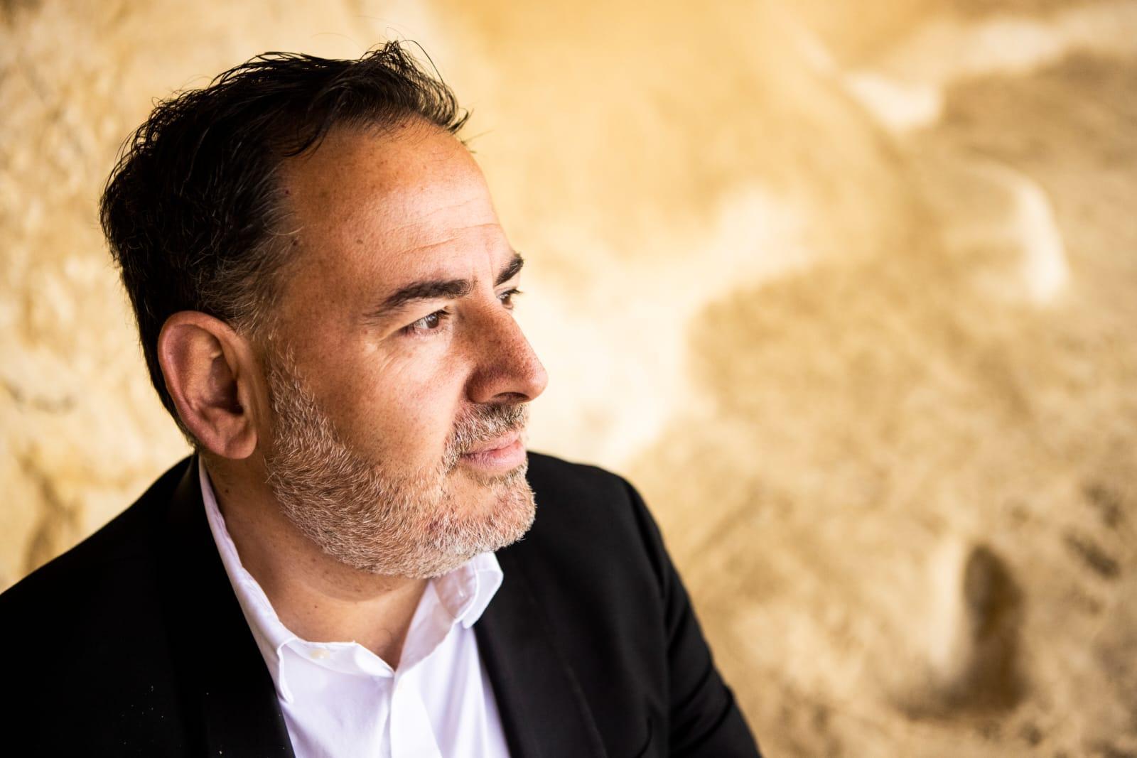 Juan Laínez, exdirector del Mallorca Gay Men's Chorus