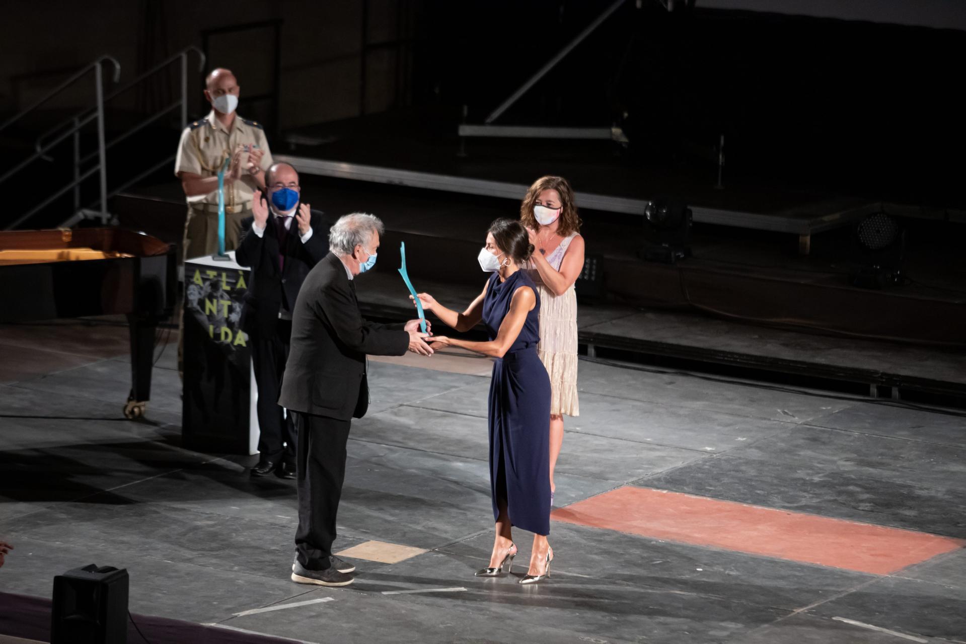 palma clausura atlantida fil festival 2021 con la reina letizia