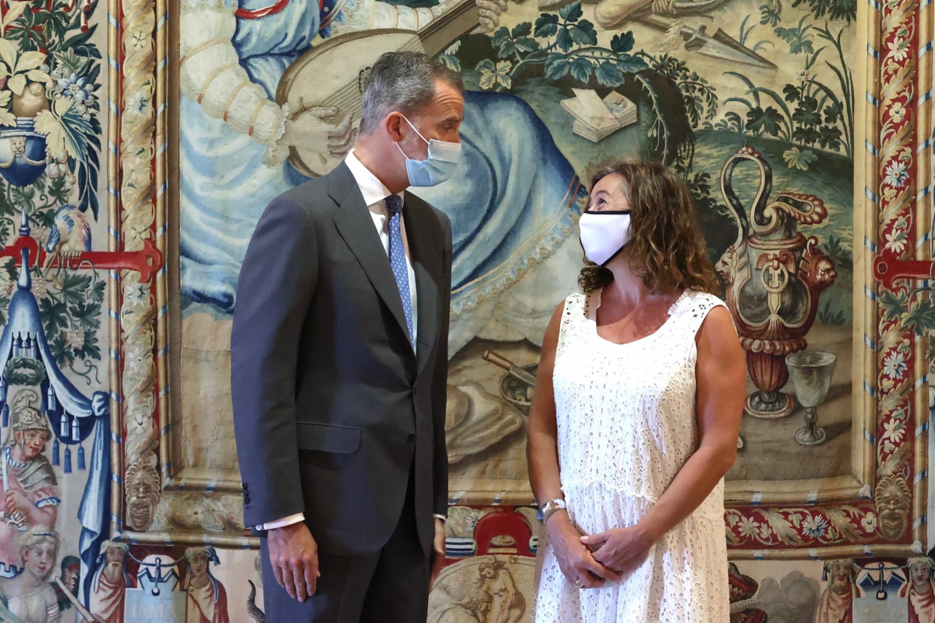 El Rey recibe en la Almudaina a las autoridades de Baleares