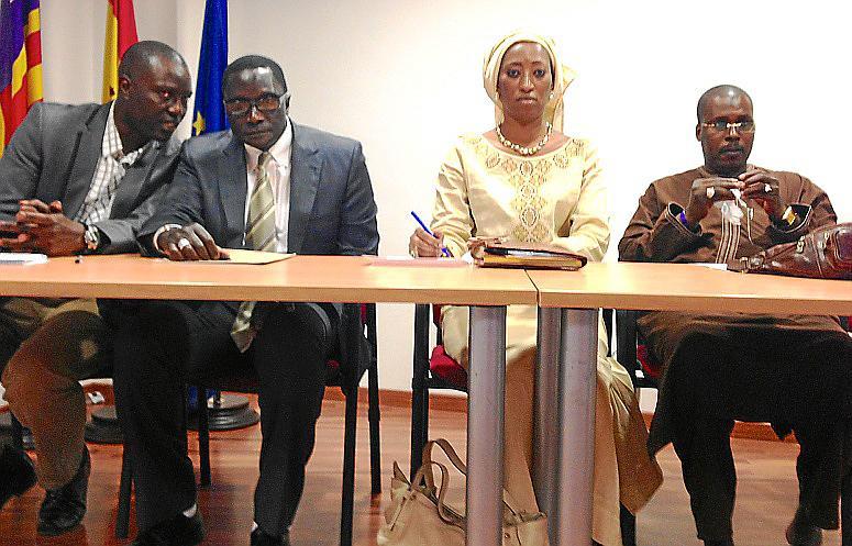 Senegal favorece el regreso de sus emigrantes