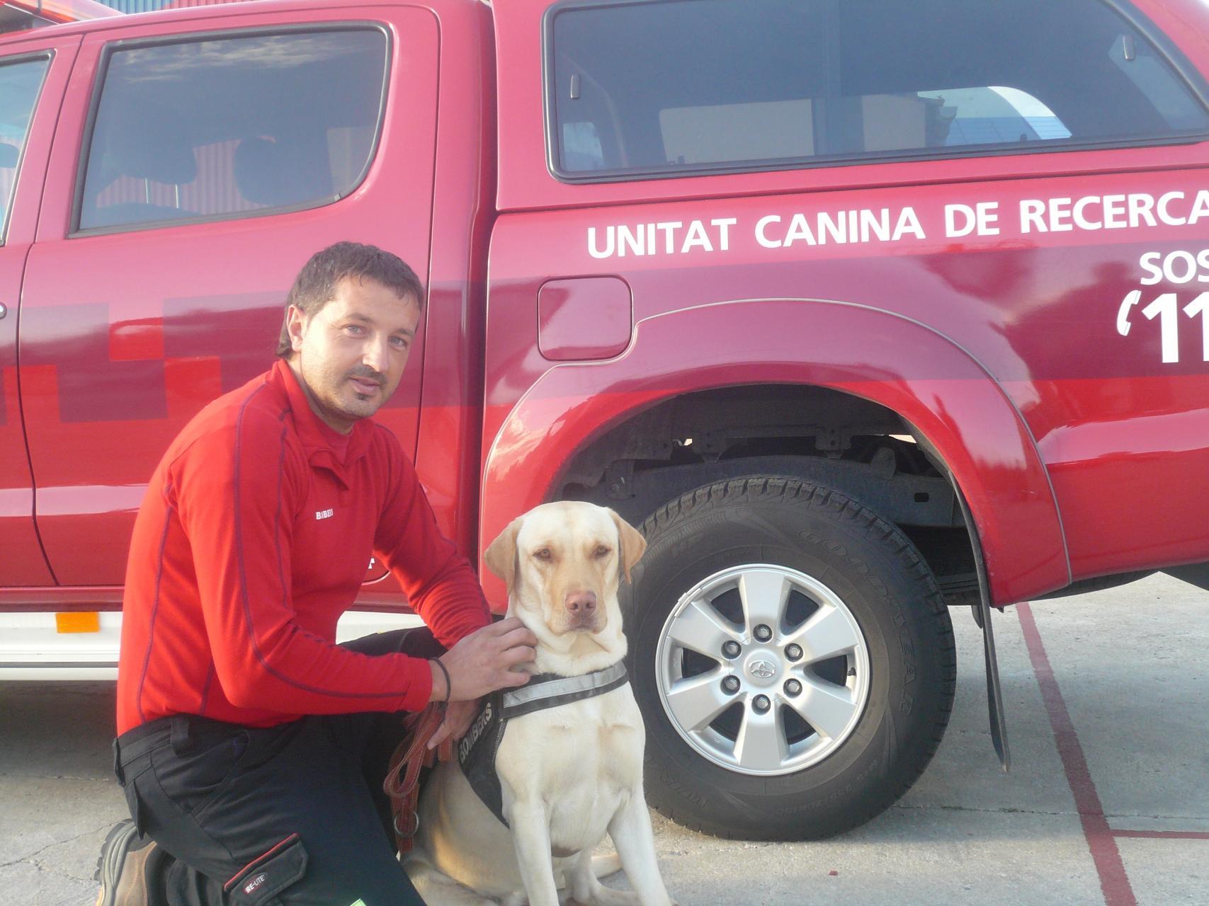 Adiós a Ombra, la conocida perra de la Unidad Canina de Bomberos de Mallorca