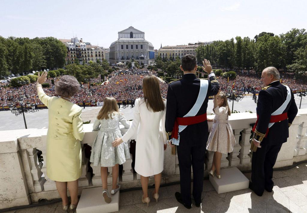 El Rey Felipe VI entra en la historia comprometido con un tiempo nuevo