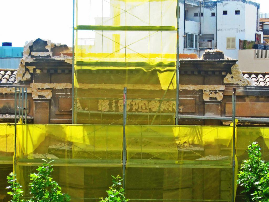ARCA denuncia la destrucción deliberada de elementos ornamentales de Can Bibiloni