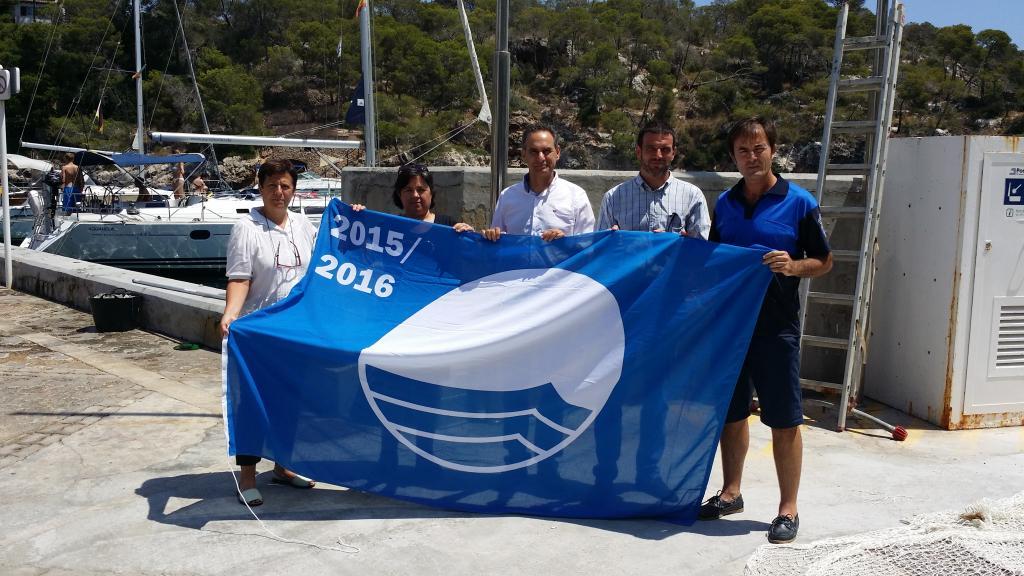 Cuatro puertos de Mallorca reciben la bandera azul  2015, de los 17 que ostentan el galardón en Balears
