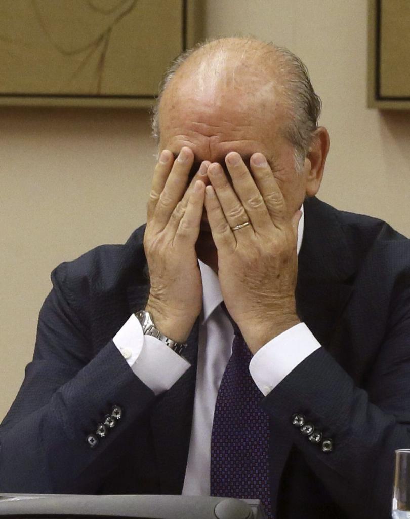 Fernández Díaz desvela que Rato se reunió con él porque se siente amenazado