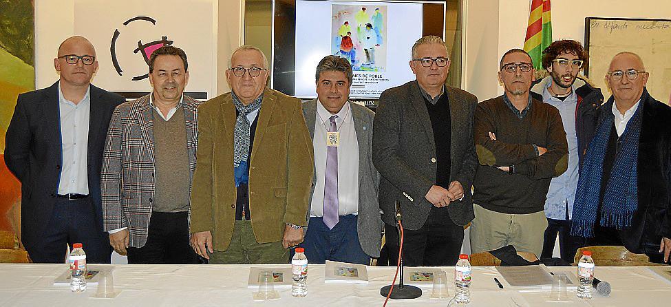 'Cinc homes de poble' se presenta en Can Planes