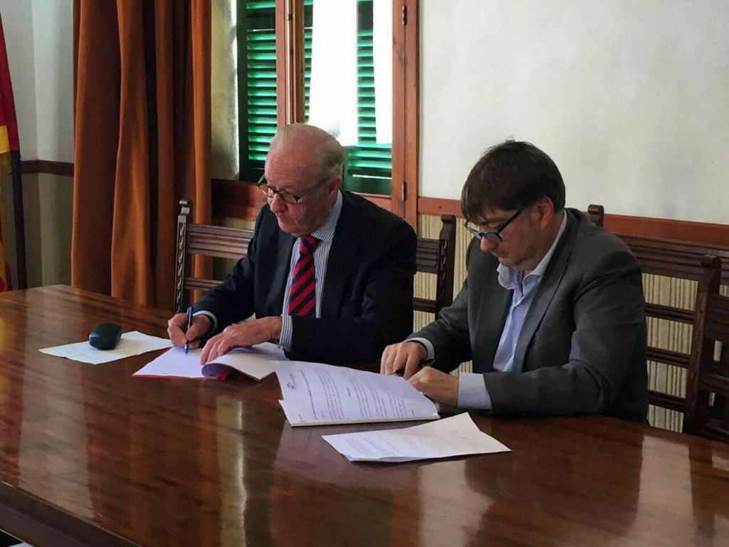 Montuïri y Fundatur firman un convenio para rehabilitar las casas de Son Fornés