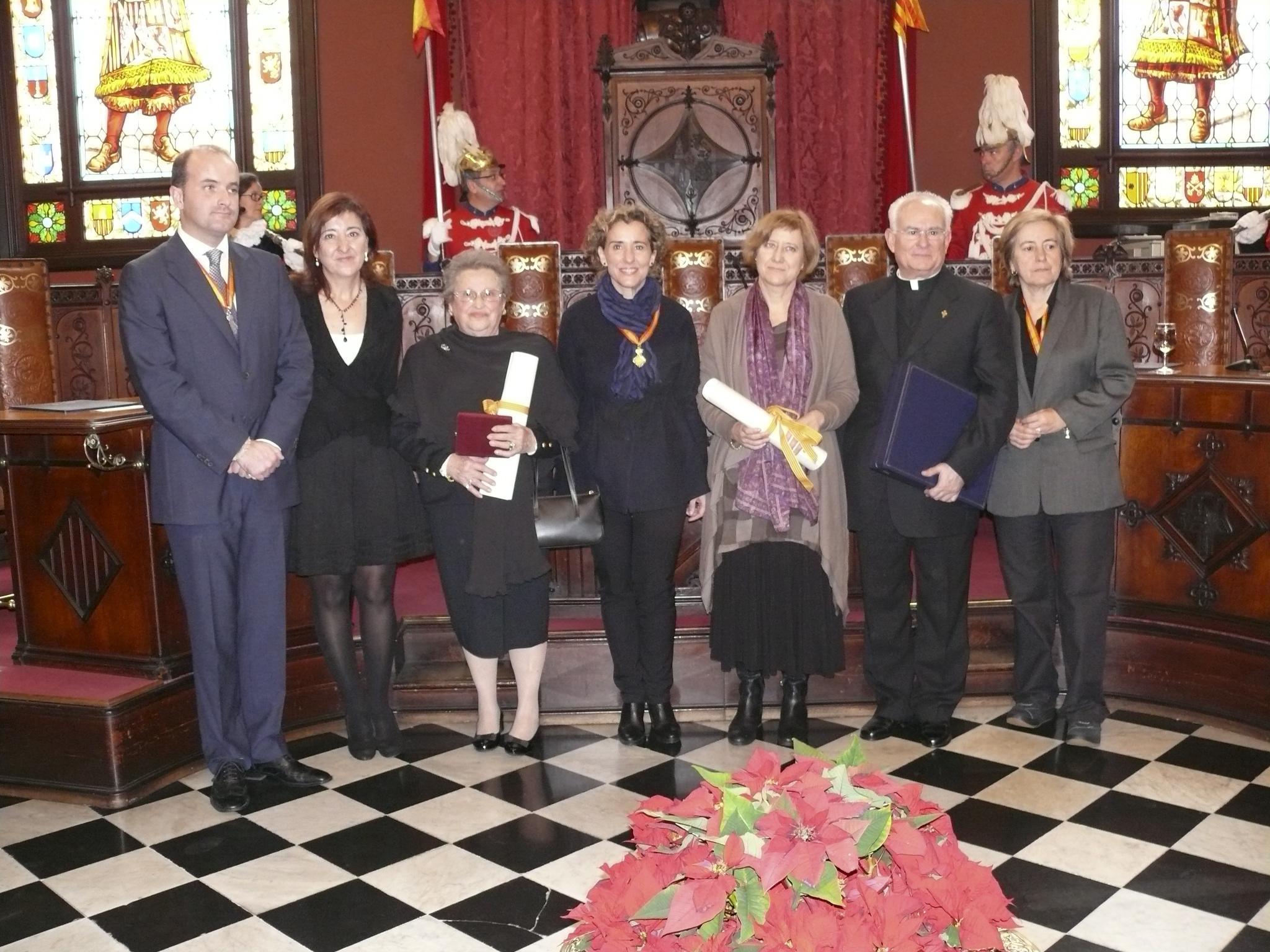 Antonio Mallorca Profesora De Ruso https://www.ultimahora.es/vips/fiestas/2010/01/02/24/feliz