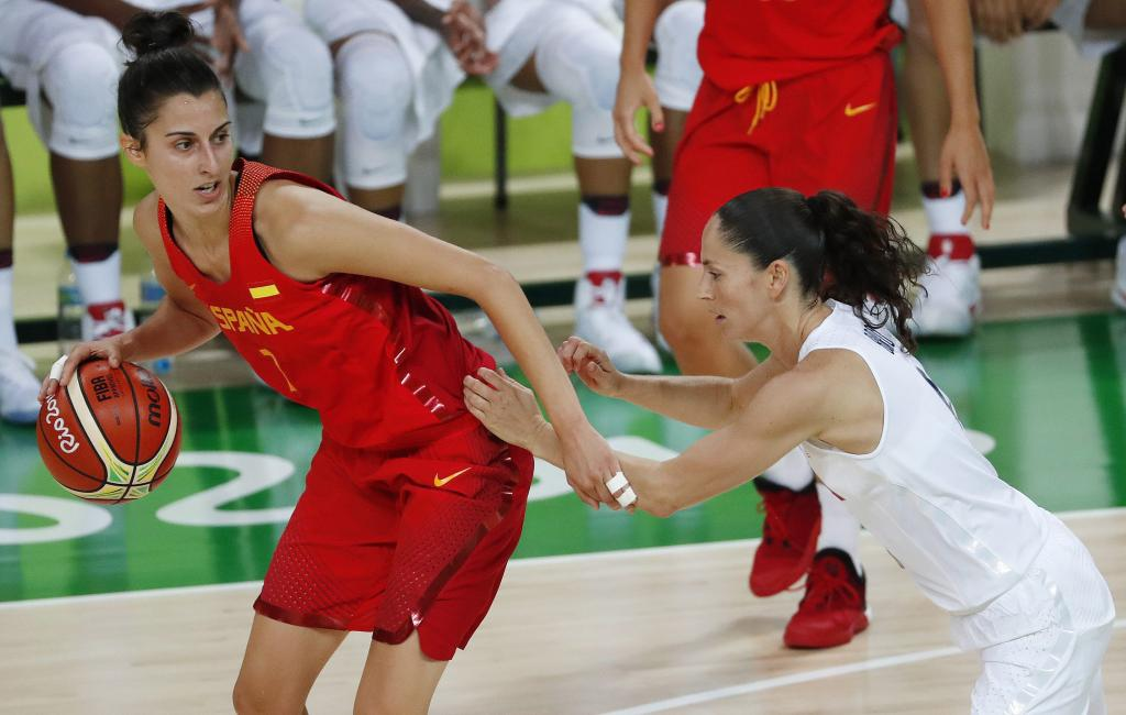 La selección española de baloncesto cierra un gran torneo con la medalla de plata