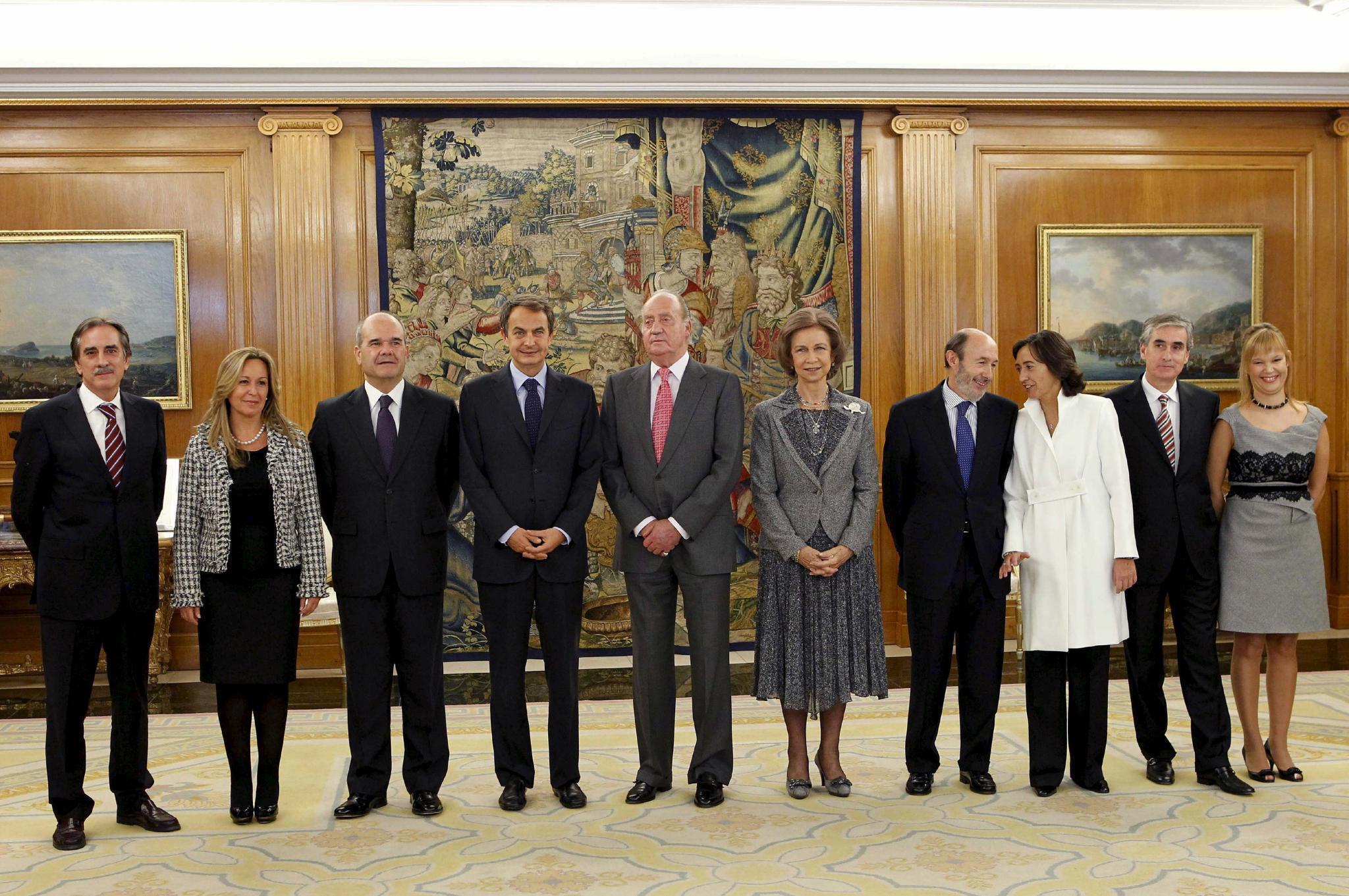 Los nuevos ministros prometen continuidad, trabajo duro y diálogo