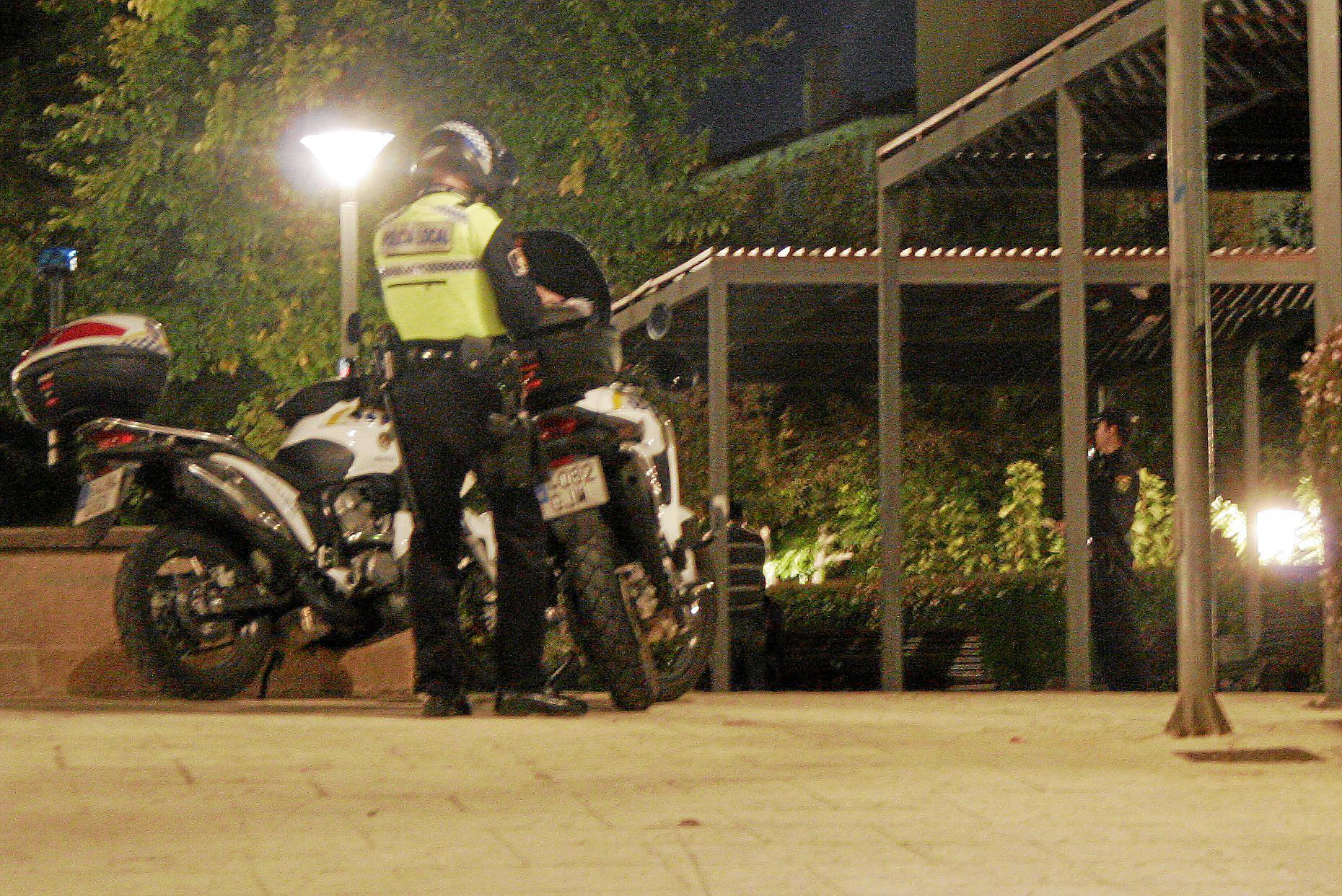 Más de 200 vecinos de Son Costa exigen a la policía protección contra las bandas latinas