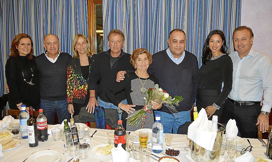 Cena de cumpleaños de Aina Ferrando en el restaurante El Cruce