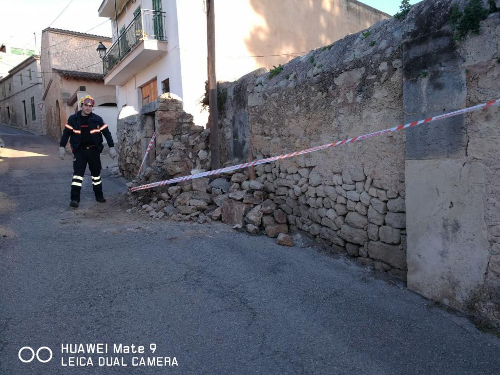 Los incidentes por el fuerte viento en Balears superan el centenar
